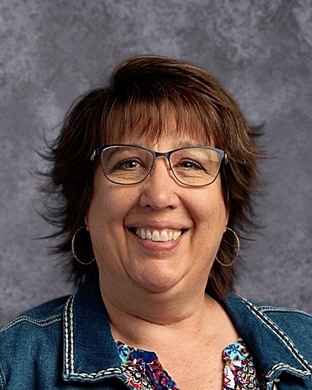 Kim Heki : Principal