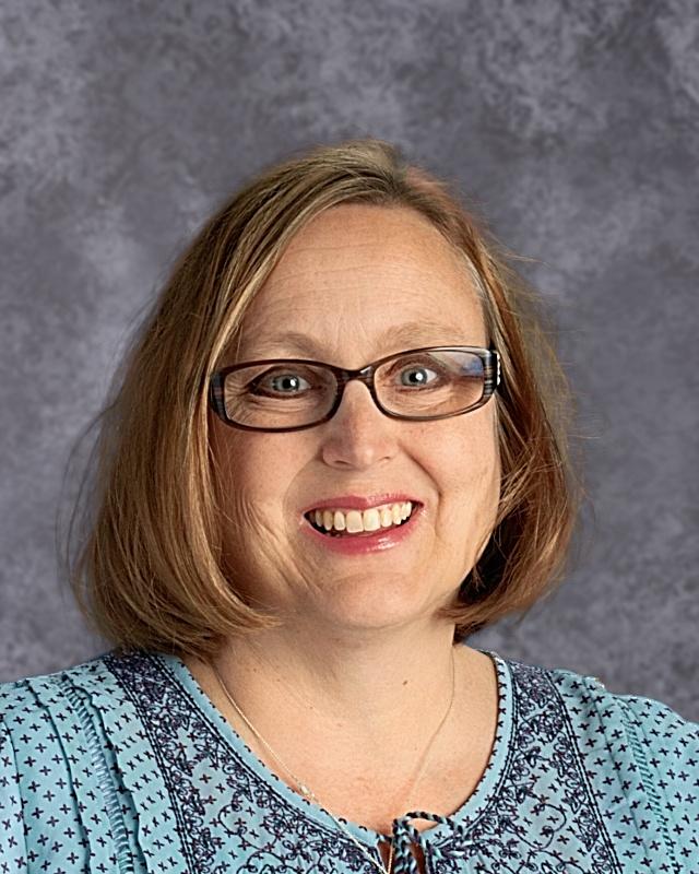 Julie Gonzalez : STEM Teacher