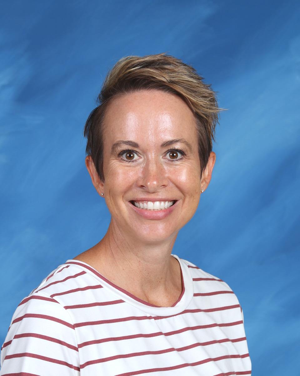 Amber Larson : Fourth Grade Teacher