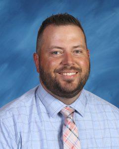 Mr. Everett : Fifth Grade Teacher