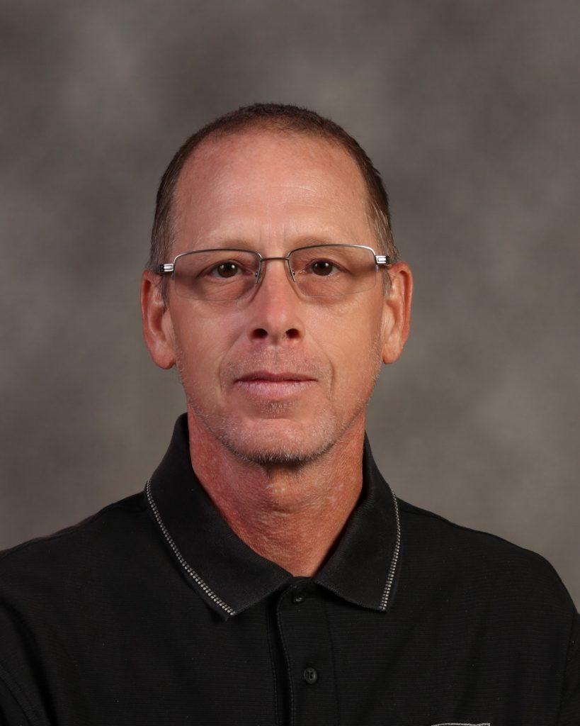 Dale Wooten : Head Custodian