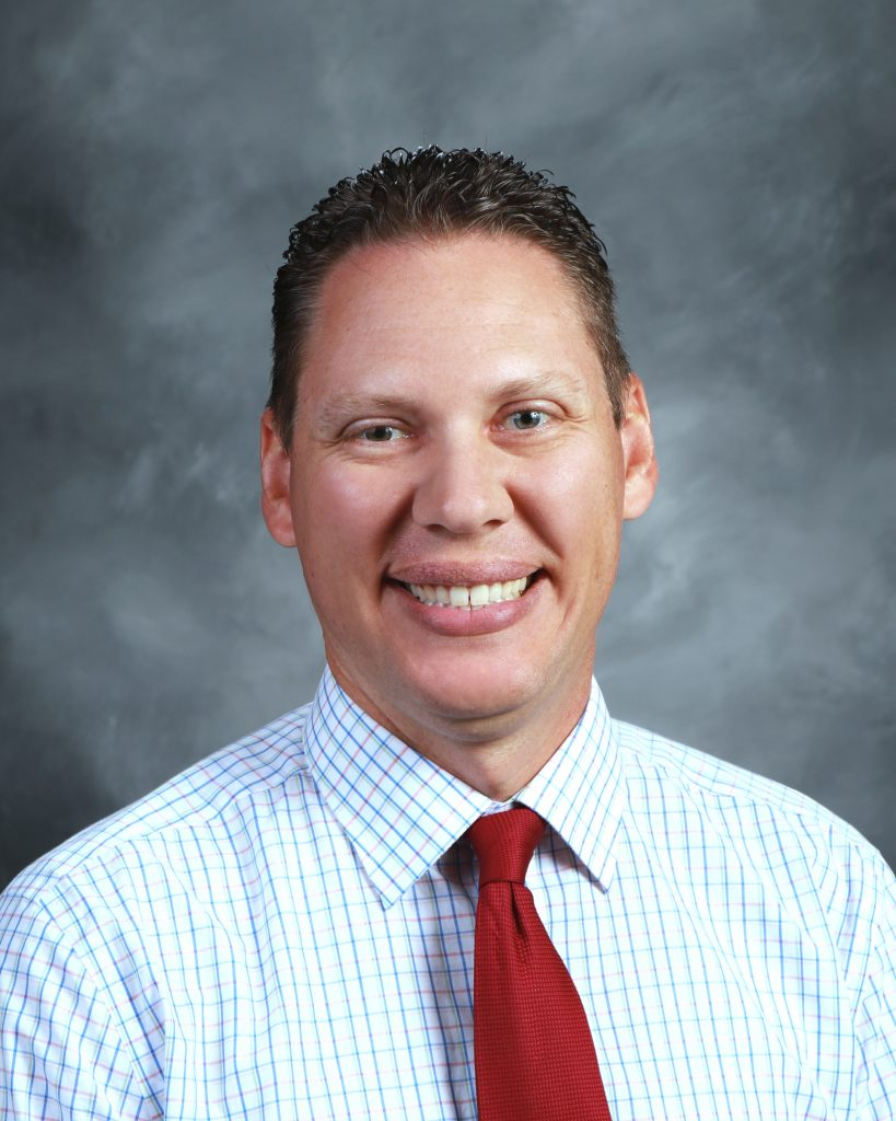 Mike Winslow : Activities Director/Assistant Principal