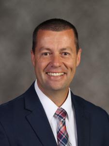 Adam Baker : Principal