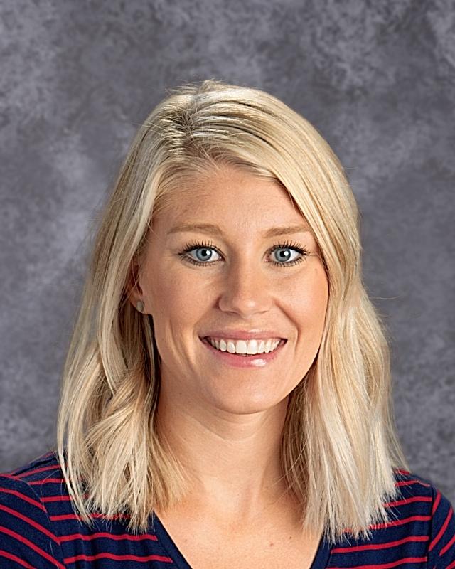 Whitney Garrett : 2nd Grade Teacher (AM)