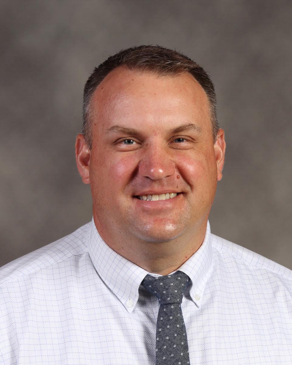 Justin Keate : Principal