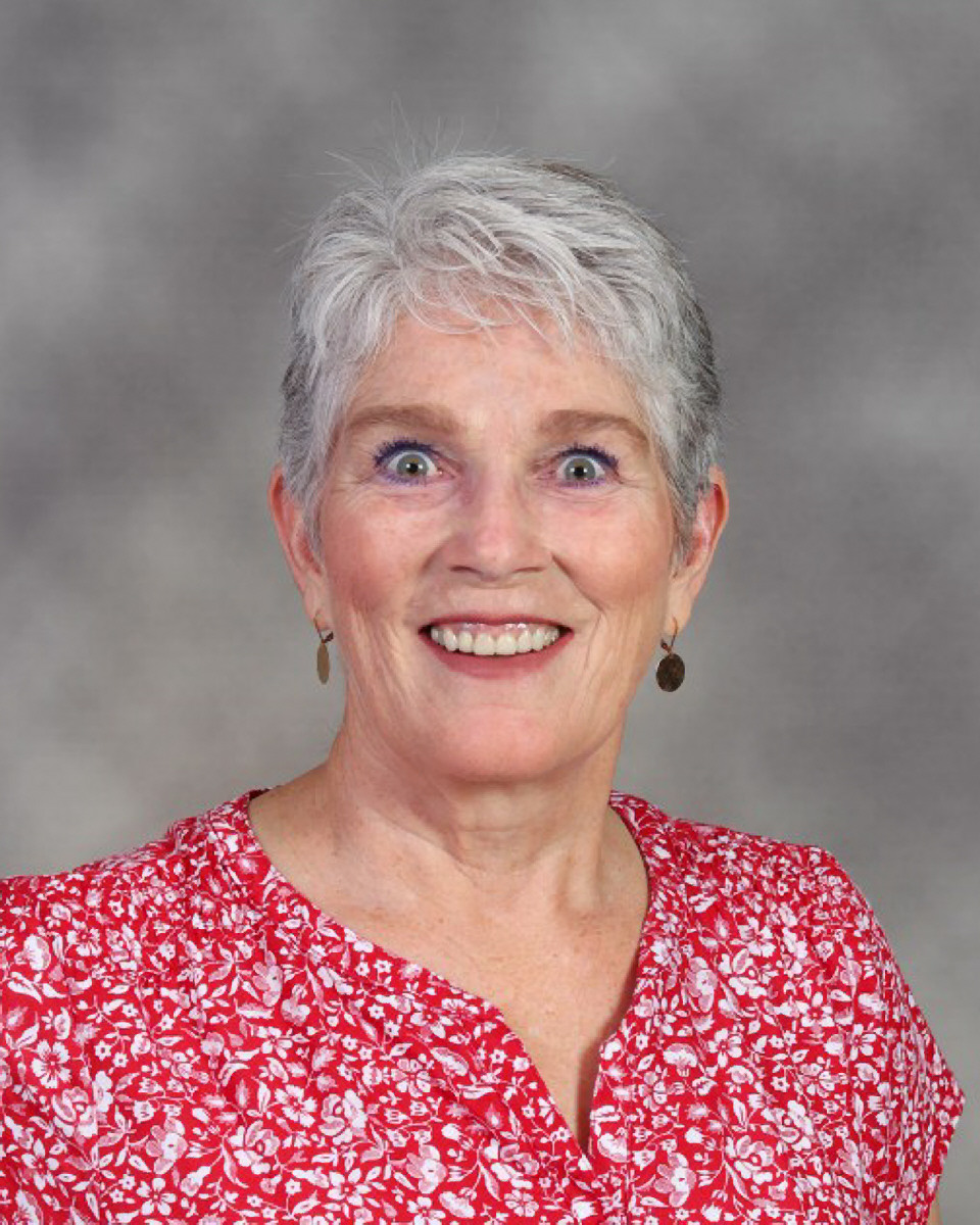 Marcia Benson : Head Custodian