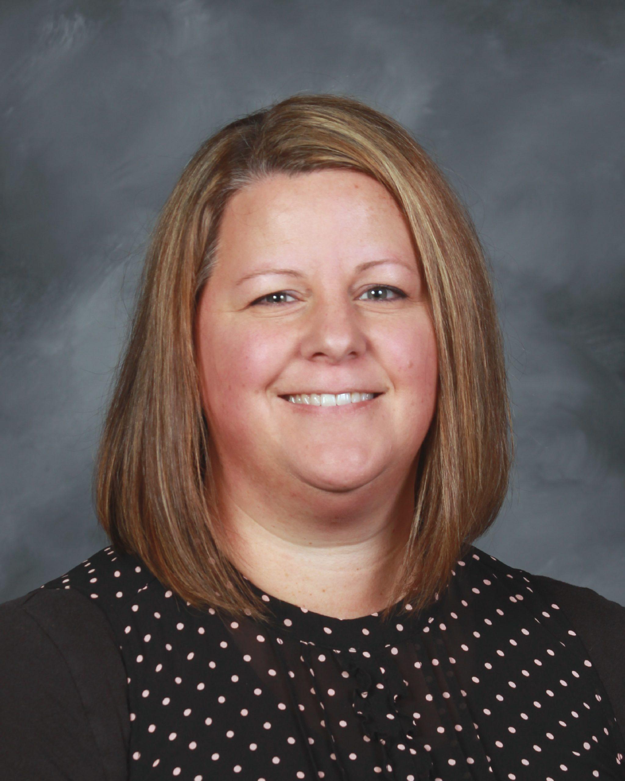 Elizabeth Barkley : ESL Coordinator