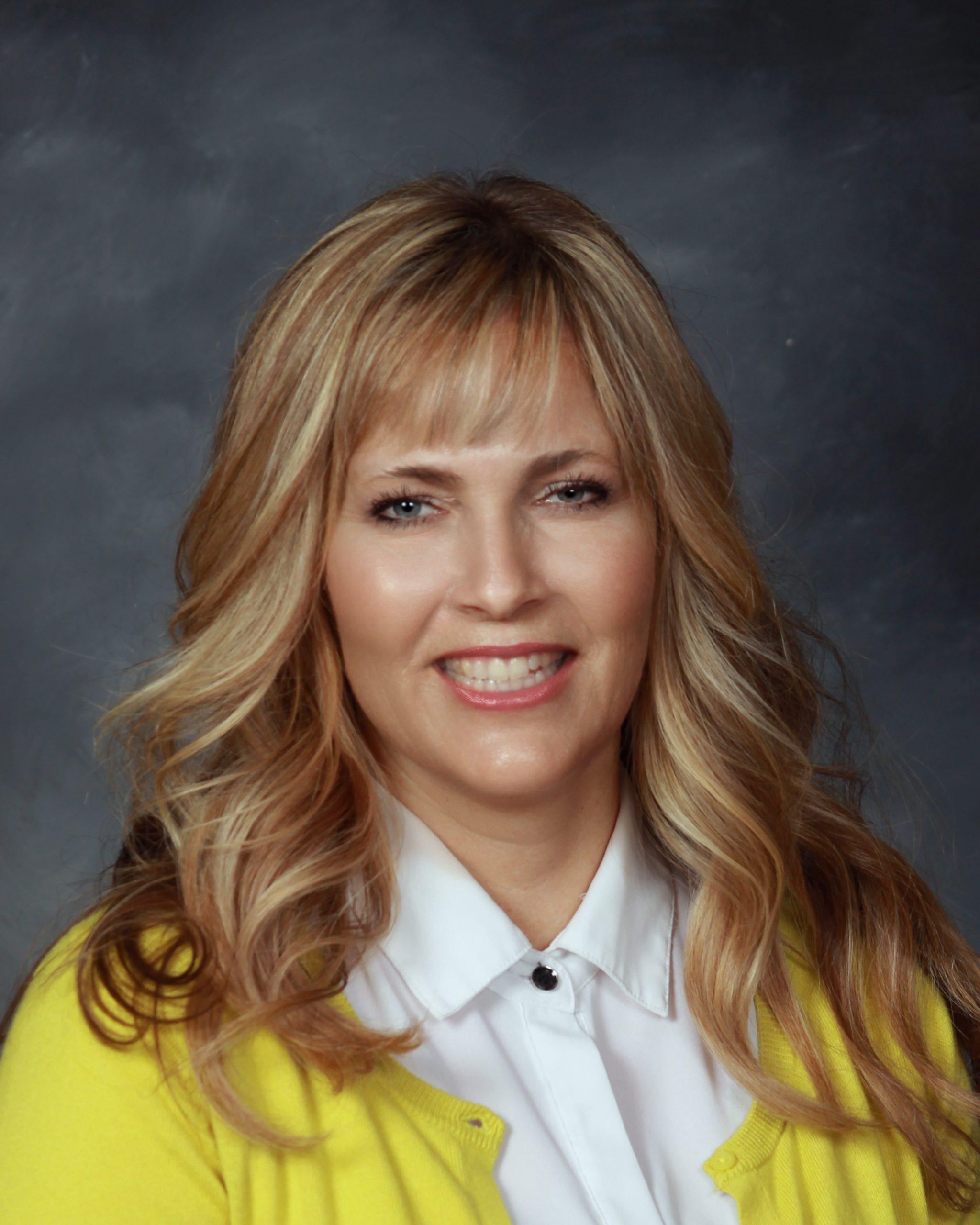 Tonya Smith : Preschool Teacher