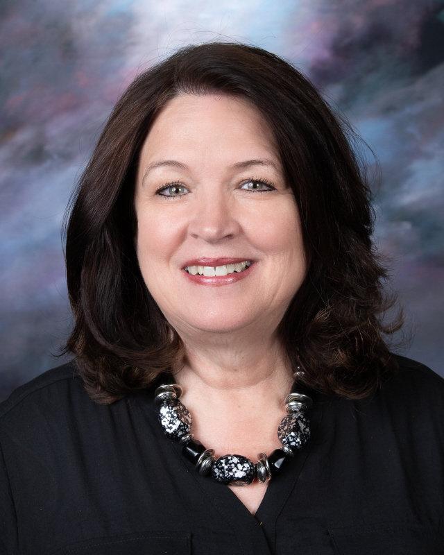 Caroline Harris : Teacher