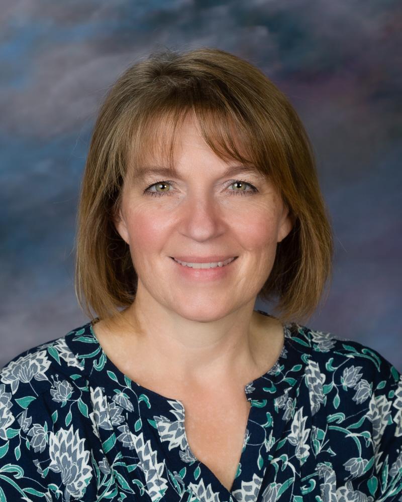 Kristin Pinter : Teacher