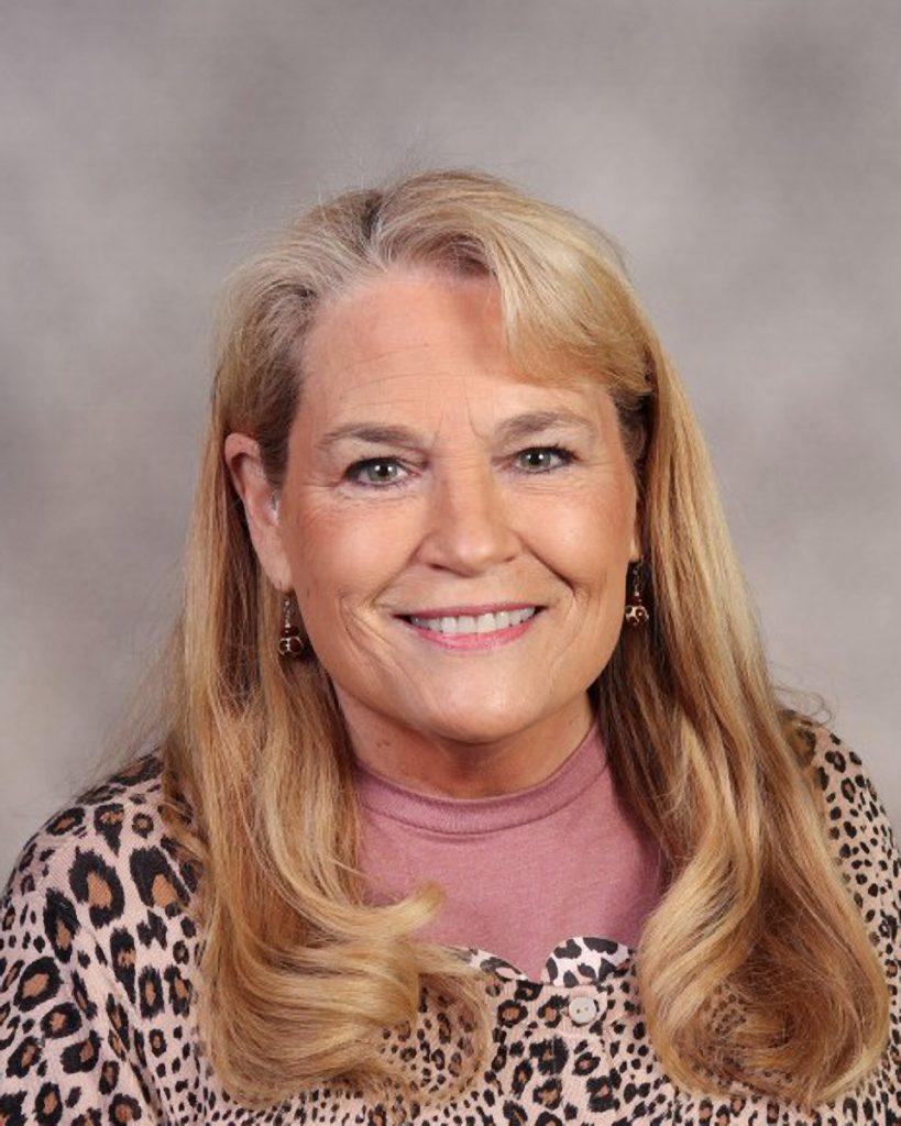 Sandee Probst : Focus Center Secretary