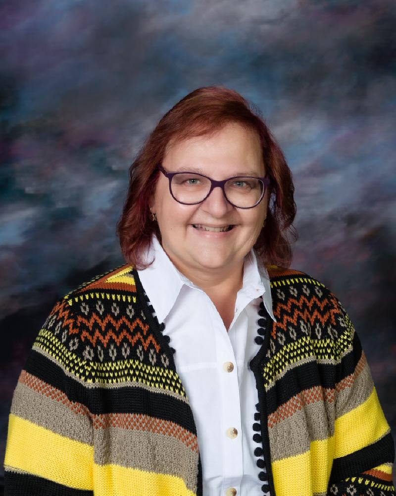 Julie Barnett : Fourth Grade Teacher
