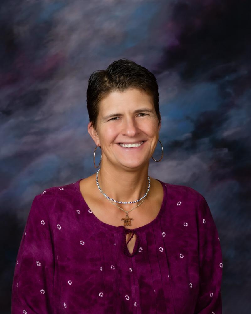 Linda Kreyling : Mac Lab Aide