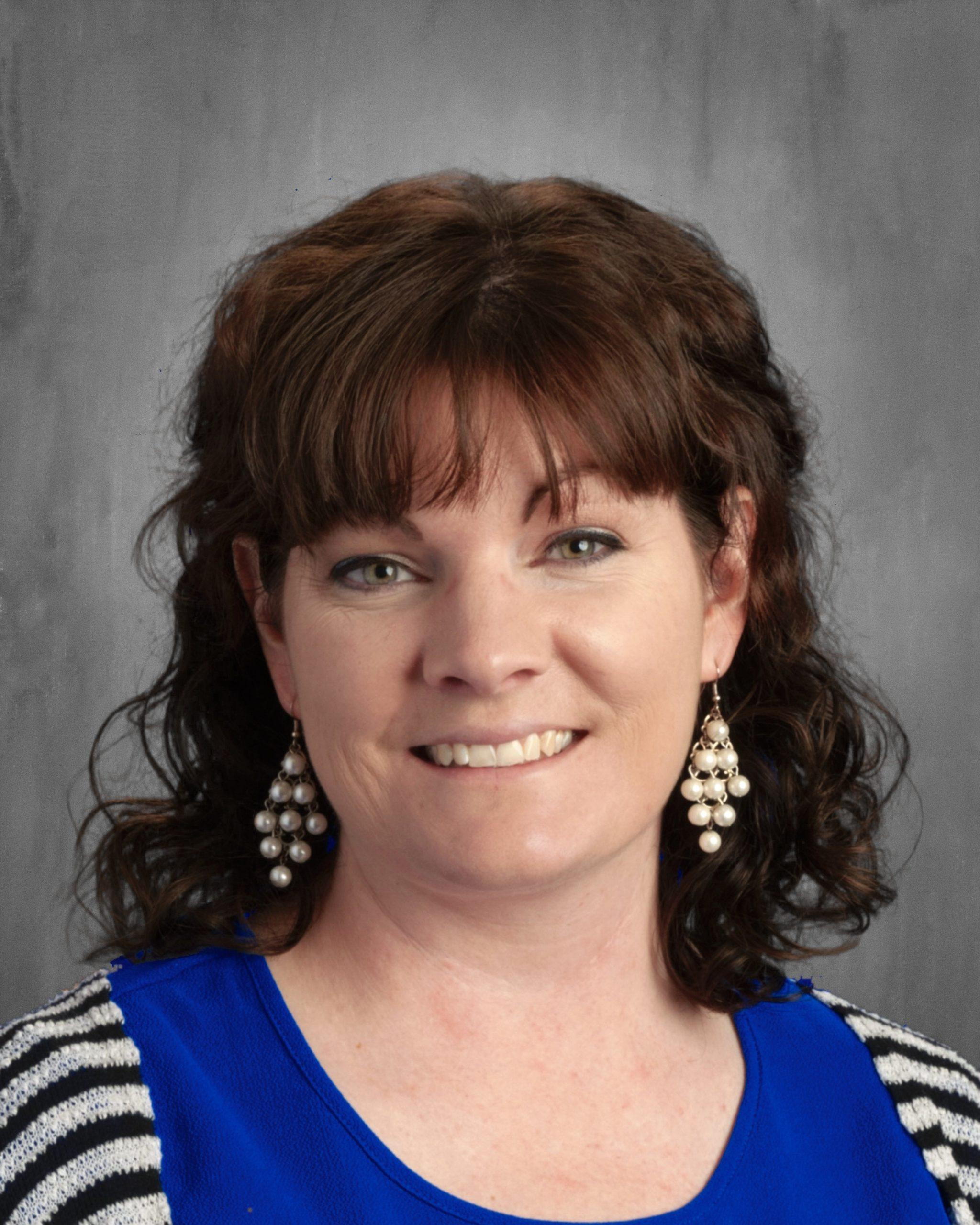 Hayley Winslow : Music Teacher