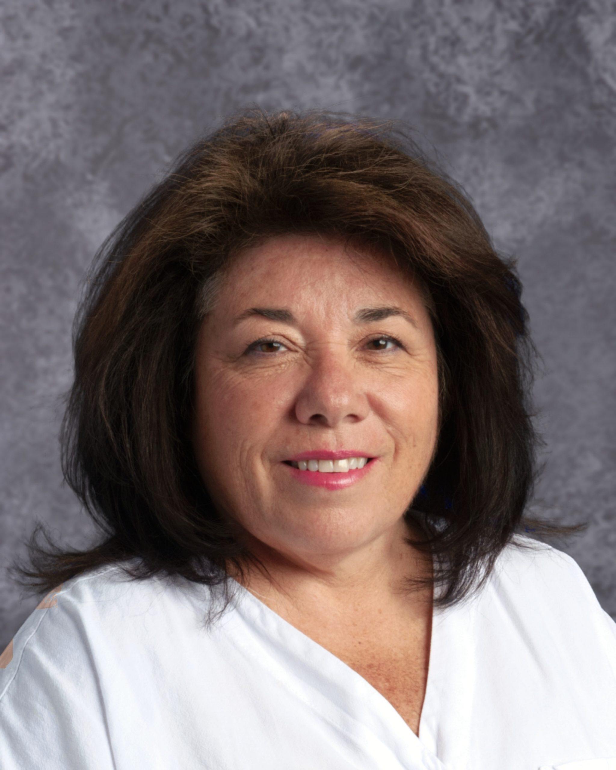 Cindy Benson : Registrar