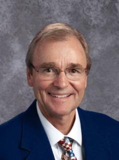 Kelly Mitchell : Principal